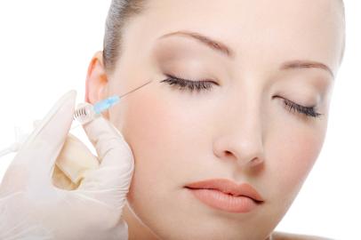 Faltenunterspritzung, Botox, Hyaluronsäure, Eigenblut, Vampir Lifting, Fettwegspritze, Lipostabil, Liquid Lifting